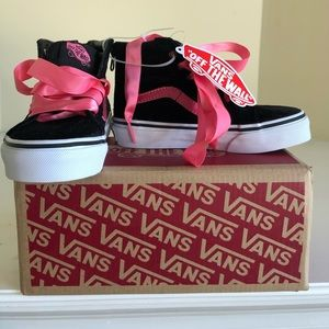 Vans Kids High Tops Velvet Pink Ribbon Laces. NWT
